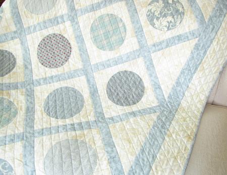 Project Simplify Spot On Quilt Sofa Drape 2