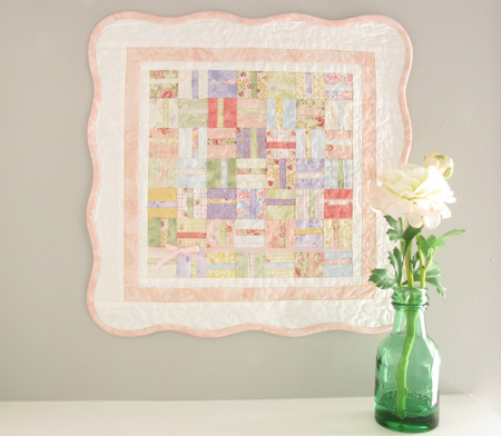 Sweet Pea Mini Quilt